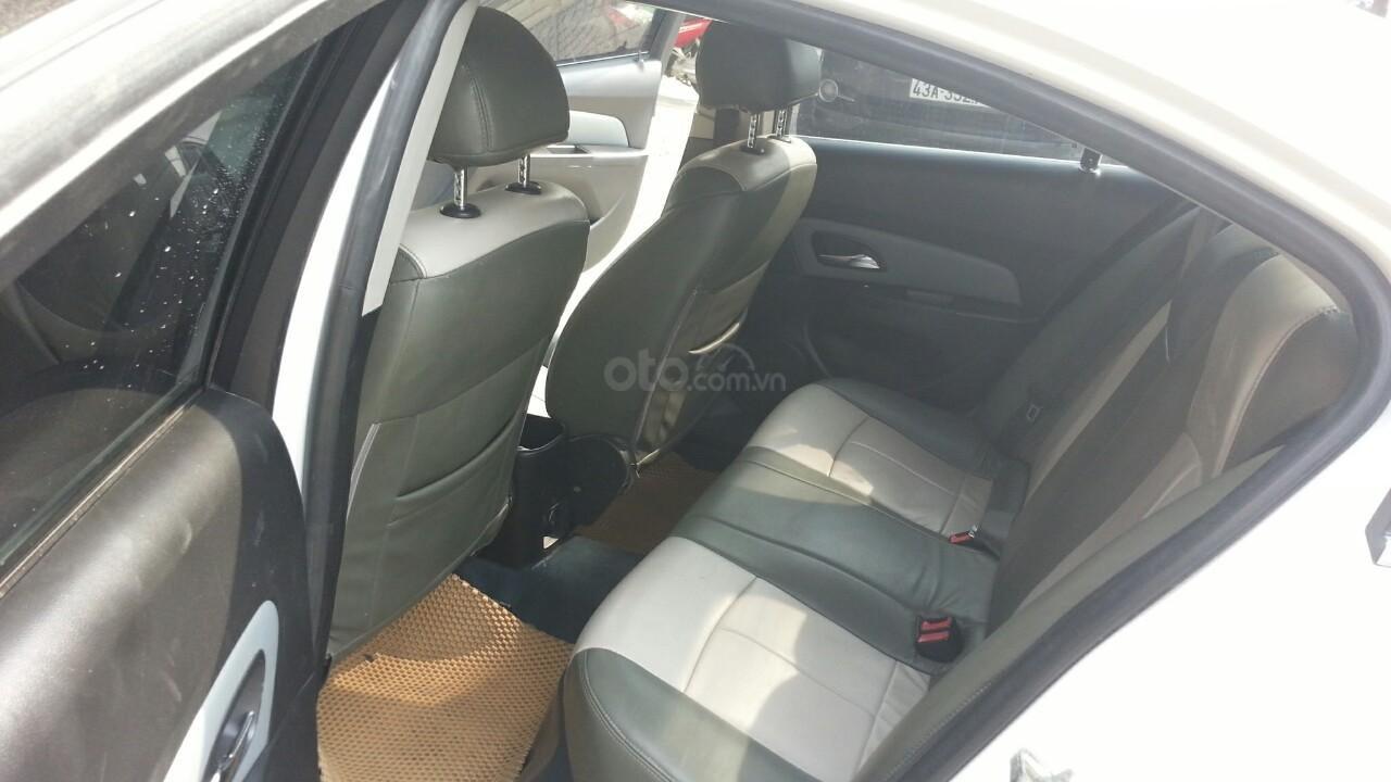 Bán Chevrolet Cruze sản xuất năm 2012 1.6L, màu trắng, có thương lượng (5)