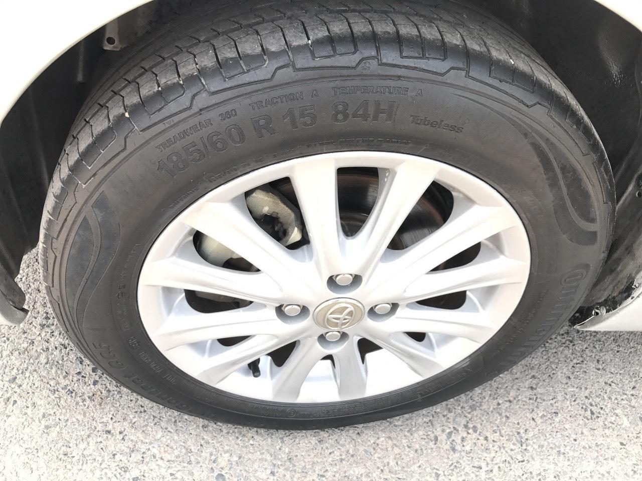 Bán xe Toyota Vios 1.5E sản xuất 2012, màu bạc, 1 chủ từ mới, máy zin 1 cục, nói không với xe taxi (23)