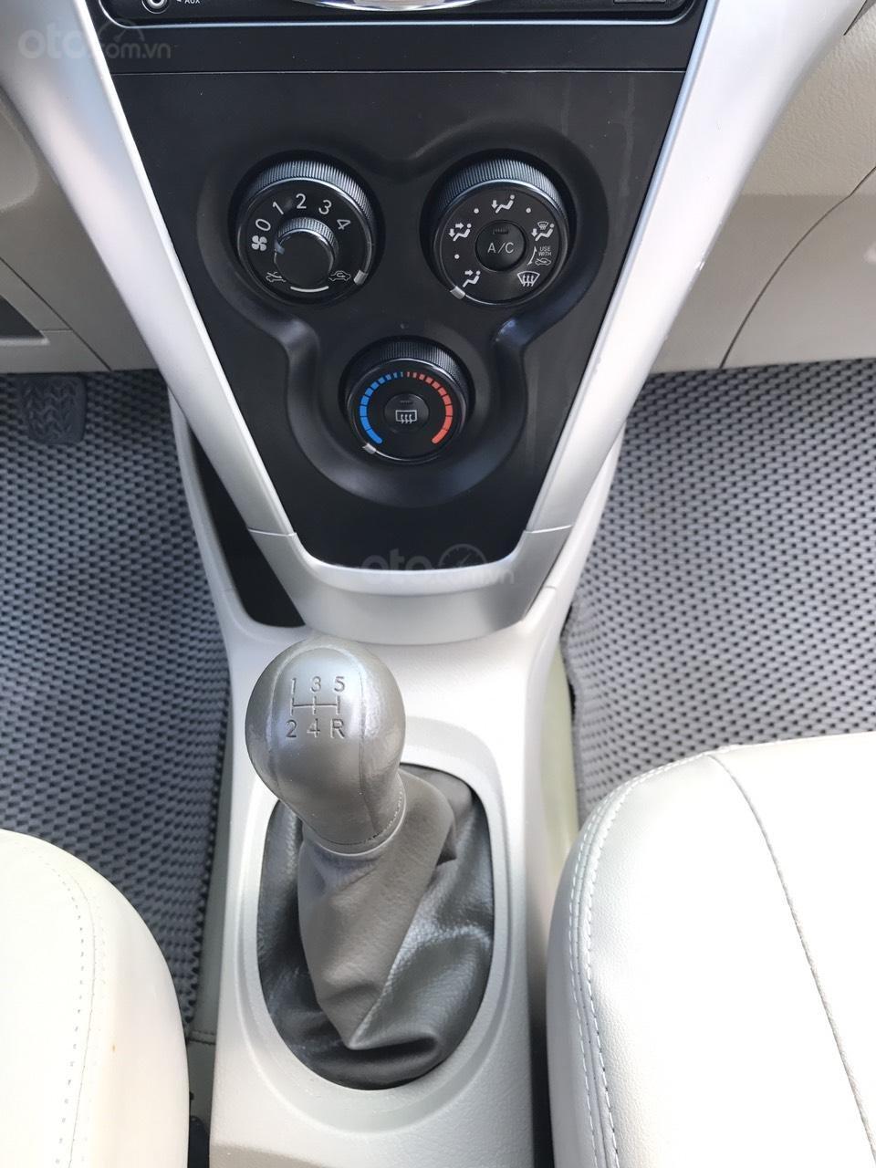 Bán xe Toyota Vios 1.5E sản xuất 2012, màu bạc, 1 chủ từ mới, máy zin 1 cục, nói không với xe taxi (20)
