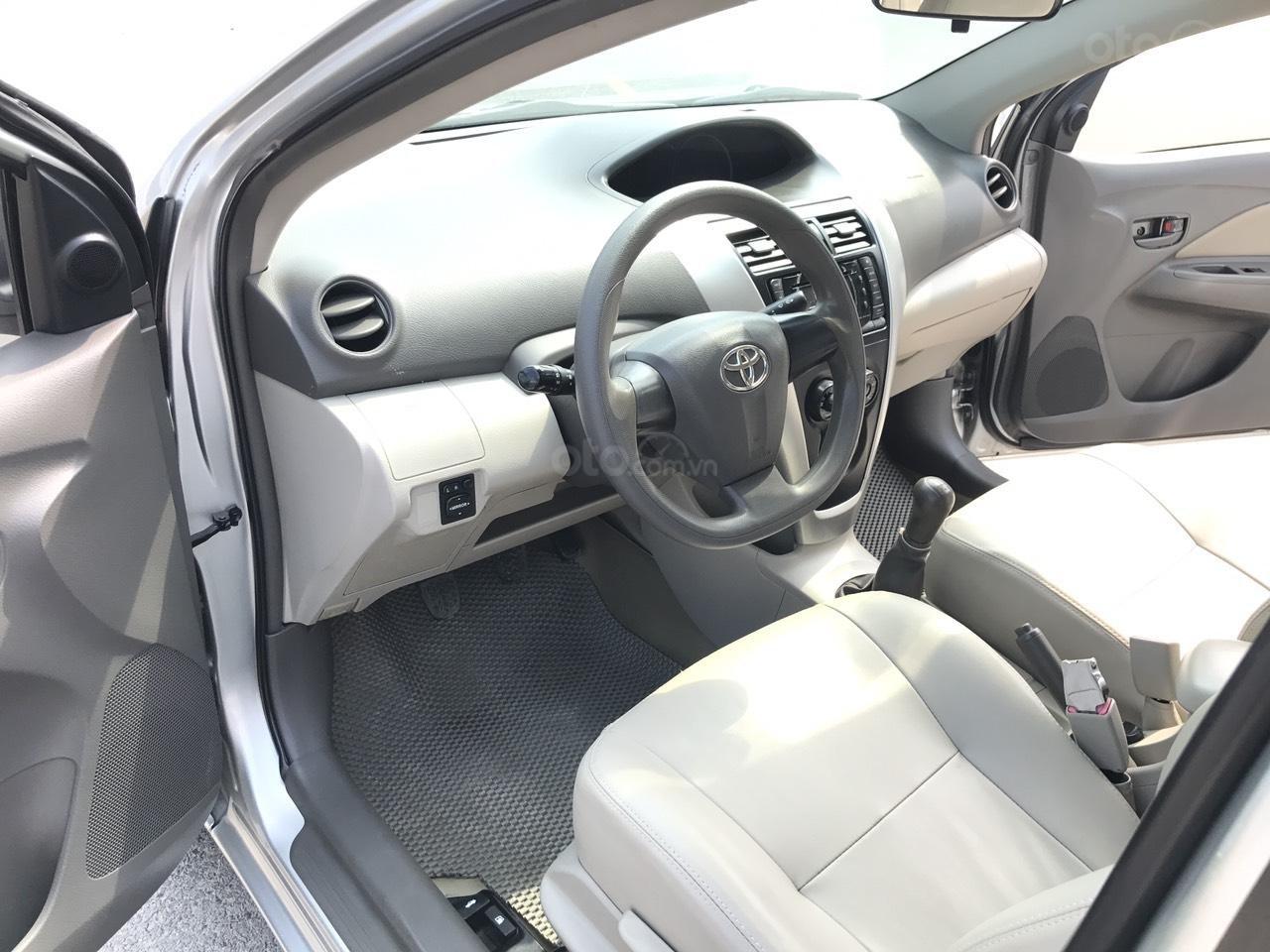 Bán xe Toyota Vios 1.5E sản xuất 2012, màu bạc, 1 chủ từ mới, máy zin 1 cục, nói không với xe taxi (4)