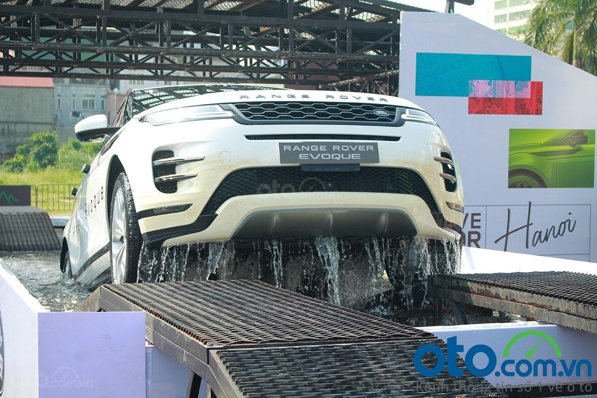 """""""Trên tay"""" Range Rover Evoque 2020 vừa ra mắt vượt mọi địa hình a1"""