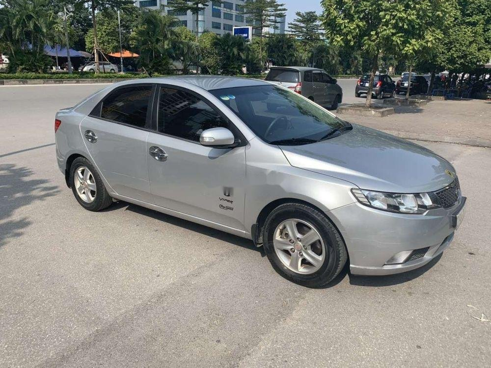 Bán Kia Cerato đời 2010, màu bạc, nhập khẩu  (2)