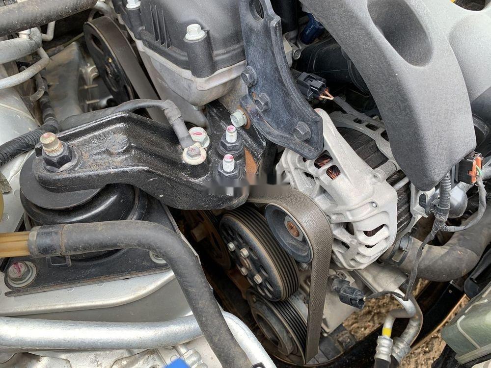 Cần bán gấp Kia Forte SX 2010, màu bạc số sàn (10)