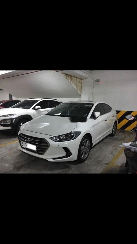 Bán Hyundai Elantra 2.0 sản xuất 2017, màu trắng xe gia đình, giá 680tr (2)