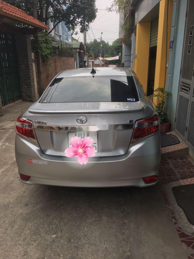 Bán Toyota Vios G đời 2017, màu bạc số tự động (5)