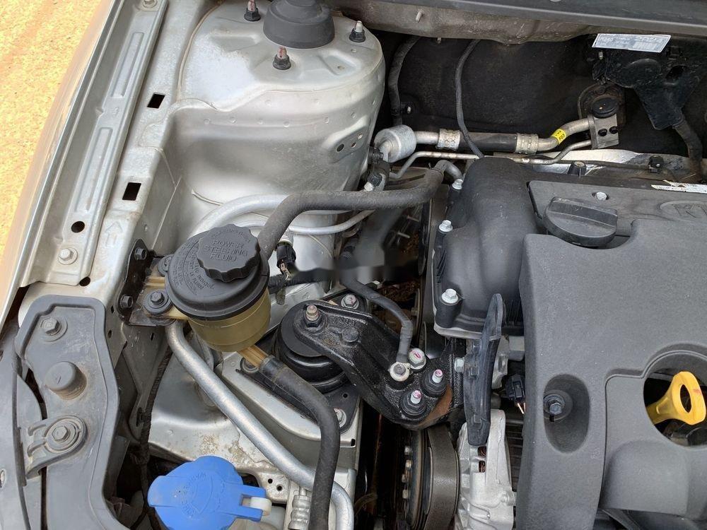 Cần bán gấp Kia Forte SX 2010, màu bạc số sàn (12)