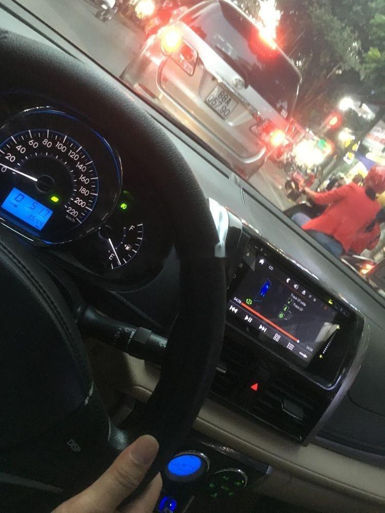 Bán Toyota Vios G đời 2017, màu bạc số tự động (3)