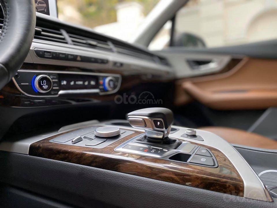 Cần bán Audi Q7 3.0 AT đời 2016, màu nâu, xe nhập (6)