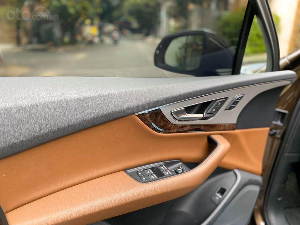Cần bán Audi Q7 3.0 AT đời 2016, màu nâu, xe nhập (12)