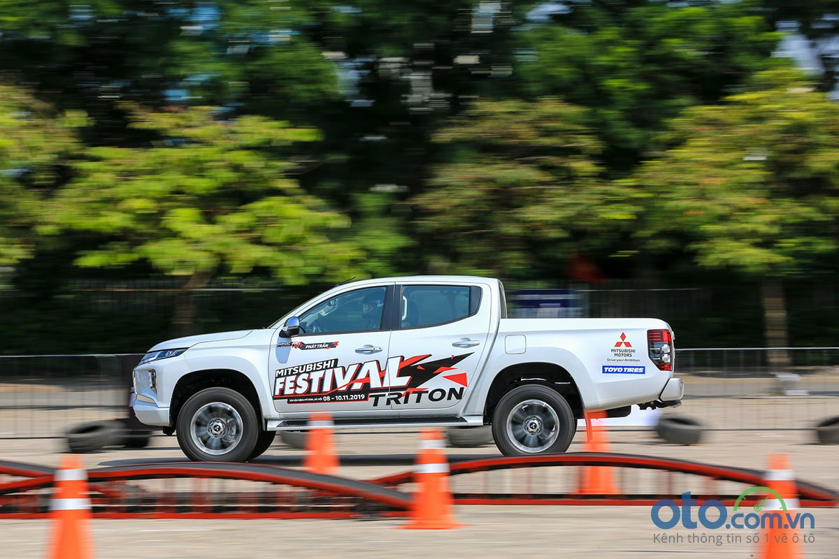 Trải nghiệm Mitsubishi Triton 2020 cùng đội đua Racing AKA.