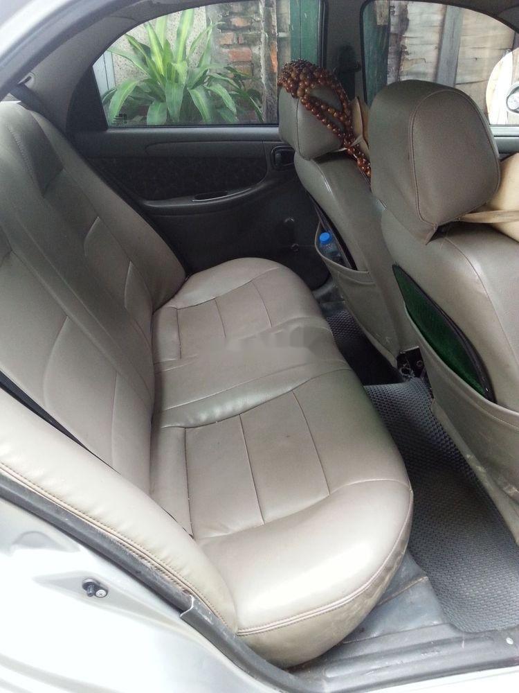 Cần bán Daewoo Lanos đời 2000, màu bạc xe nguyên bản (6)