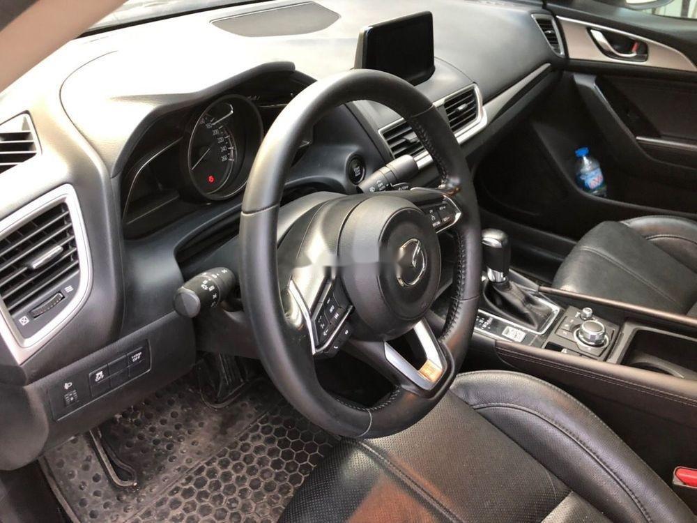 Cần bán xe Mazda 3 2018, màu trắng, giá tốt (3)