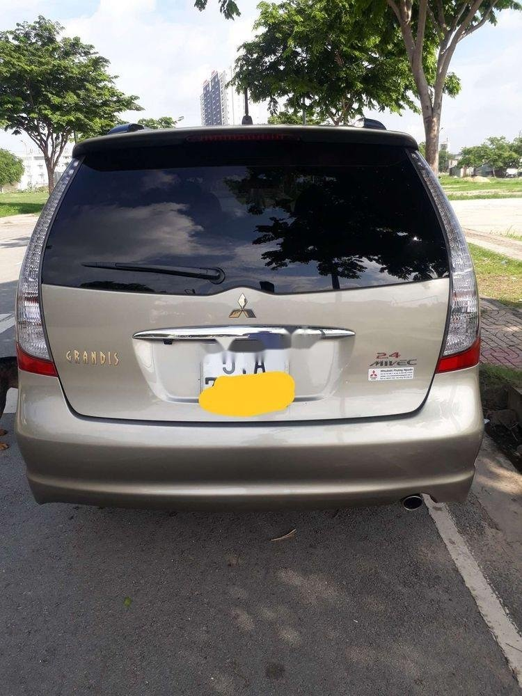Bán ô tô Mitsubishi Grandis sản xuất năm 2008, xe nhập chính hãng (2)