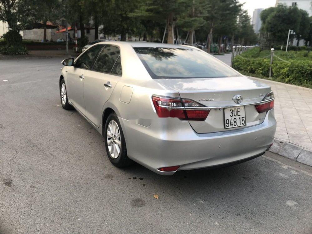 Bán Toyota Camry sản xuất 2015 xe nguyên bản (5)