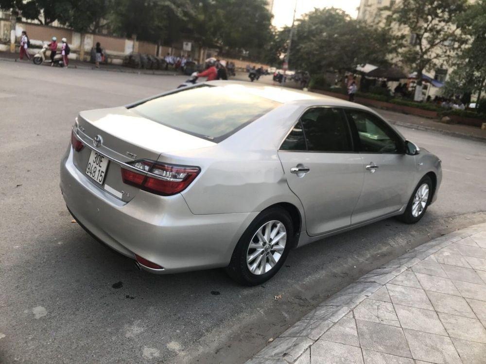 Bán Toyota Camry sản xuất 2015 xe nguyên bản (4)
