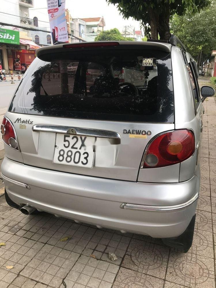 Bán xe Daewoo Matiz 2004, màu bạc chính chủ, 115tr xe nguyên bản (2)