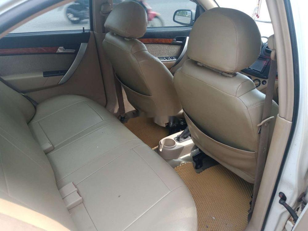 Cần bán lại xe Daewoo Gentra đời 2009, màu trắng chính chủ (9)