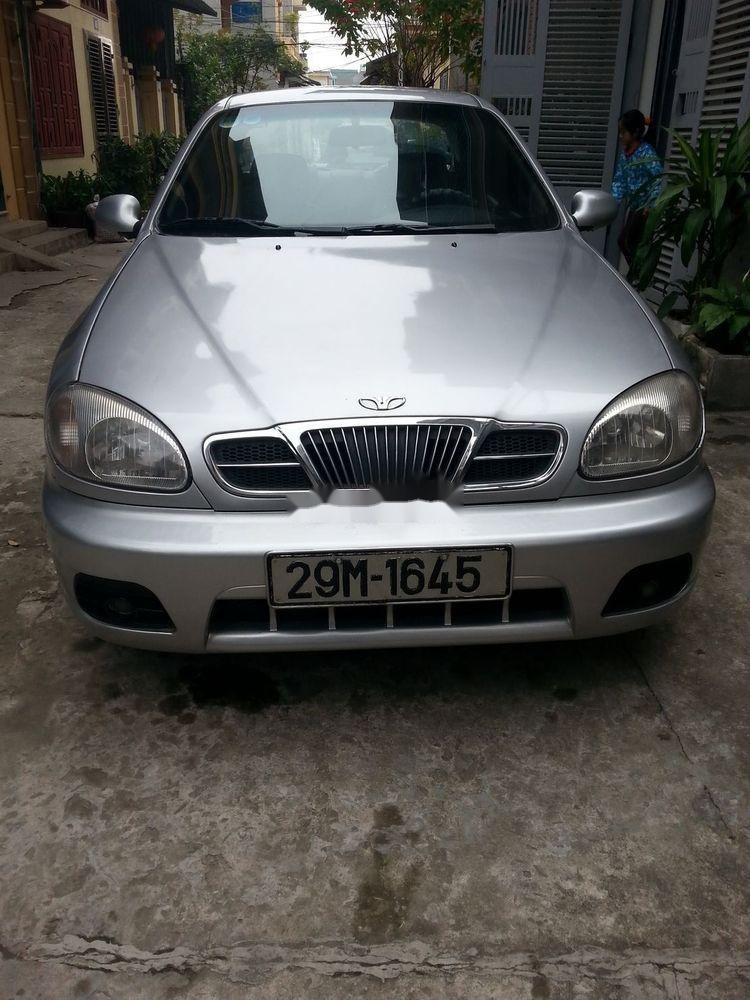 Cần bán Daewoo Lanos đời 2000, màu bạc xe nguyên bản (4)