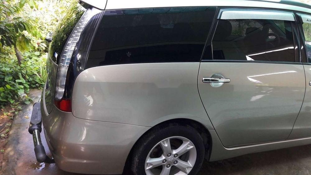 Bán ô tô Mitsubishi Grandis sản xuất năm 2008, xe nhập chính hãng (8)