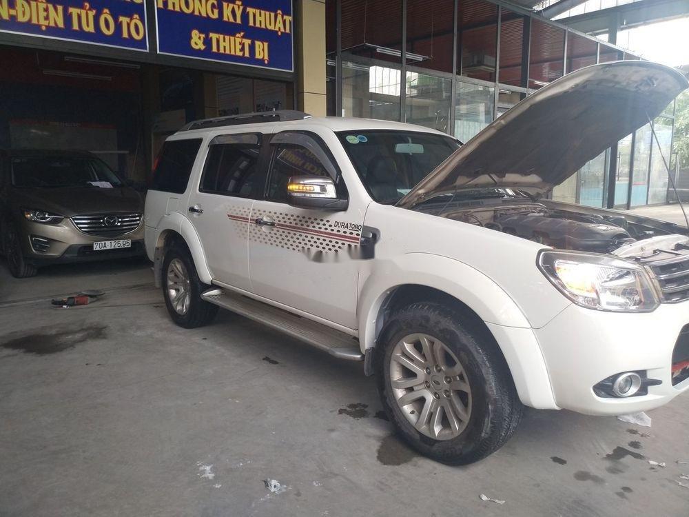 Bán Ford Everest năm sản xuất 2014, màu trắng xe nguyên bản (1)