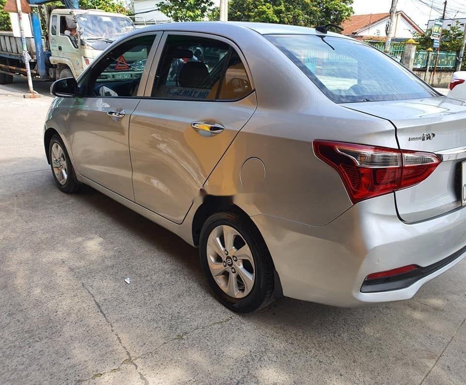 Bán Hyundai Grand i10 MT năm sản xuất 2017, màu bạc giá tốt (3)