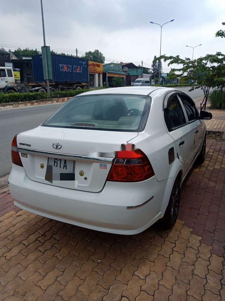 Cần bán lại xe Daewoo Gentra đời 2009, màu trắng chính chủ (4)