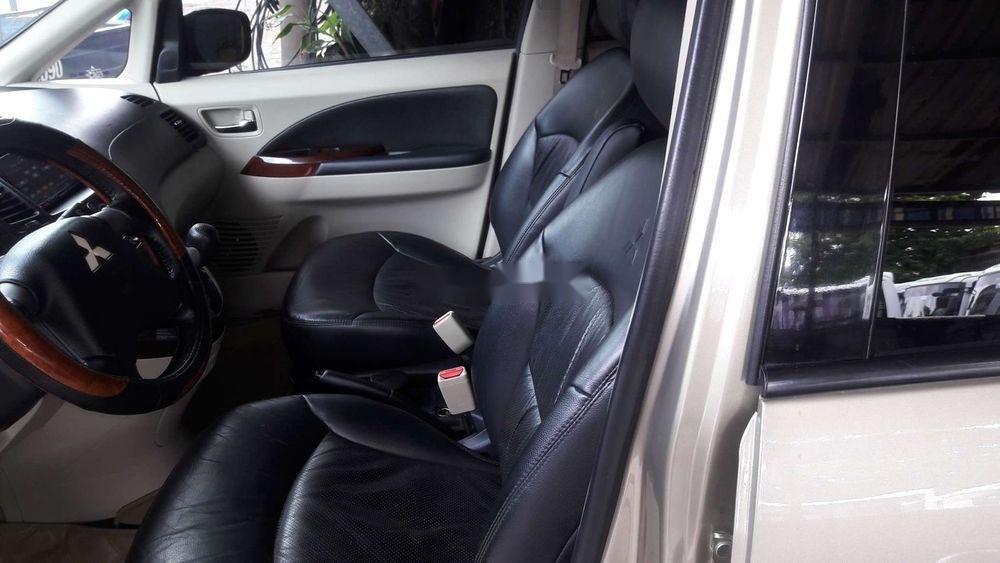 Bán ô tô Mitsubishi Grandis sản xuất năm 2008, xe nhập chính hãng (9)