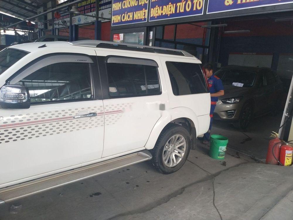 Bán Ford Everest năm sản xuất 2014, màu trắng xe nguyên bản (4)