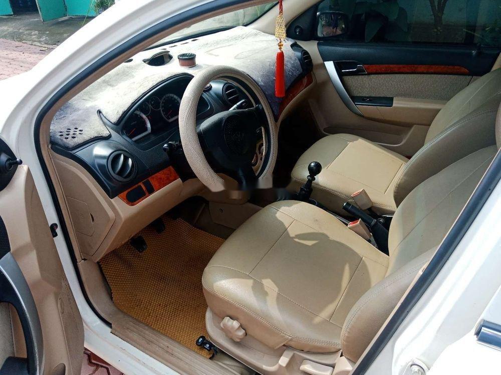 Cần bán lại xe Daewoo Gentra đời 2009, màu trắng chính chủ (7)