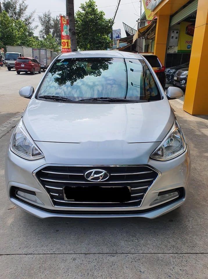 Bán Hyundai Grand i10 MT năm sản xuất 2017, màu bạc giá tốt (1)