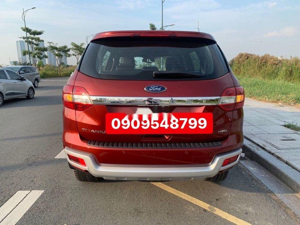 Cần bán Ford Everest sản xuất năm 2018, màu đỏ, xe nhập chính hãng (1)