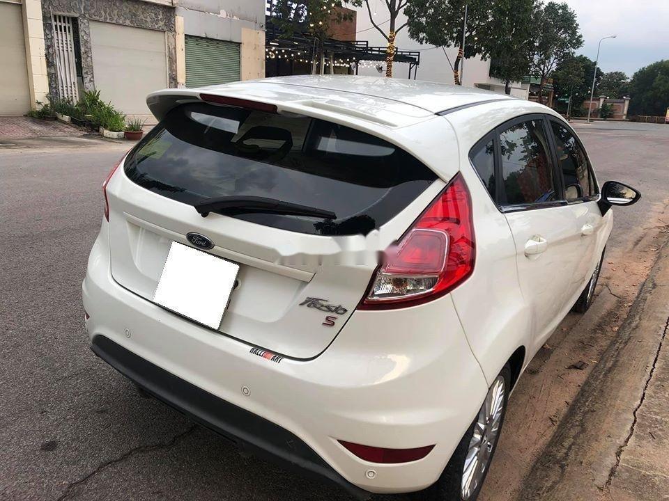 Bán xe Ford Fiesta đời 2014, giá tốt xe nguyên bản (1)