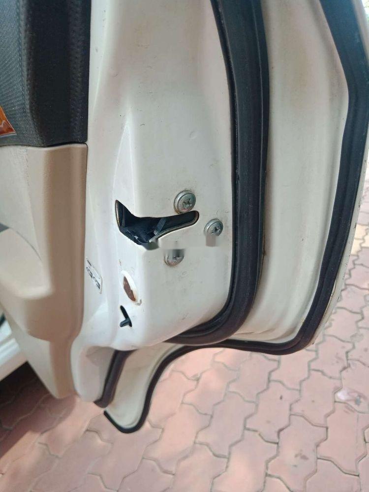 Cần bán lại xe Daewoo Gentra đời 2009, màu trắng chính chủ (8)