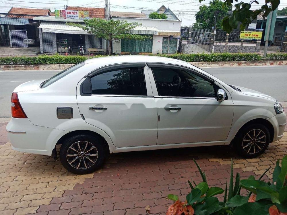 Cần bán lại xe Daewoo Gentra đời 2009, màu trắng chính chủ (5)