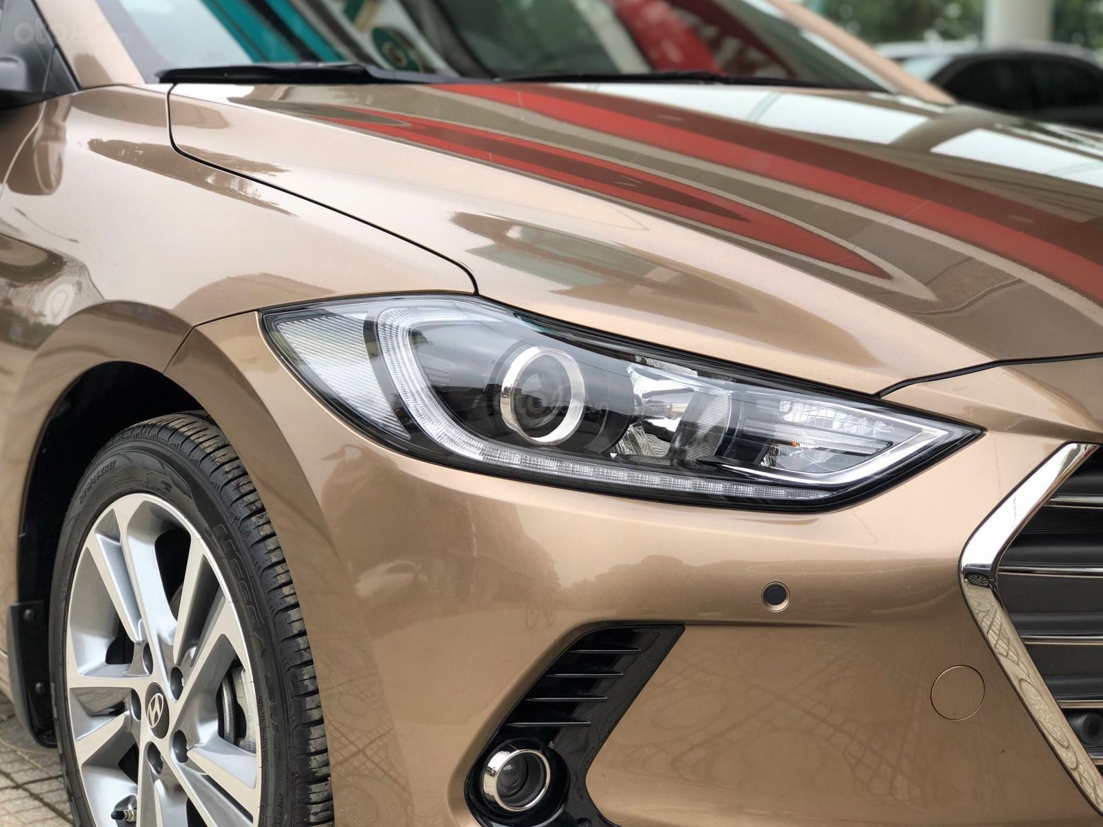 Hyundai ELantra mới quá 99,9%, trả góp từ 150 triệu LH ngay 0911-128-999 (6)