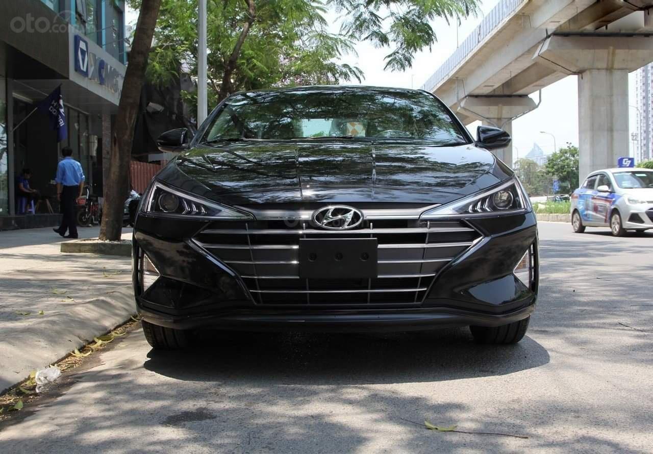 Hyundai Elantra 1.6 AT 2019 mới, đủ màu giá tốt, liên hệ 0902 235 123 (1)