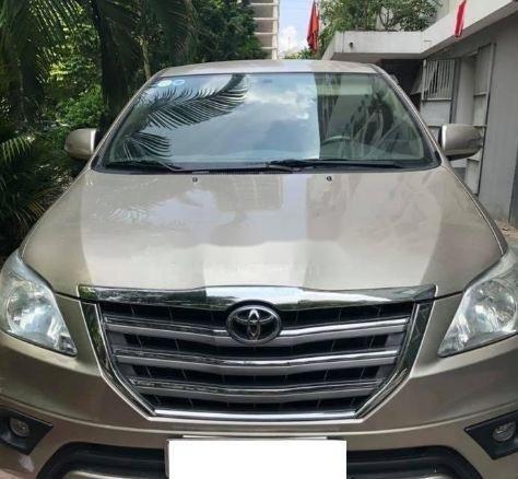 Cần bán lại xe Toyota Innova MT năm 2013 số sàn (1)