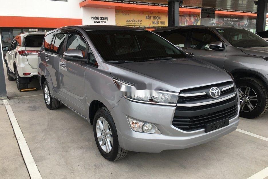 Bán Toyota Innova sản xuất 2019 (1)