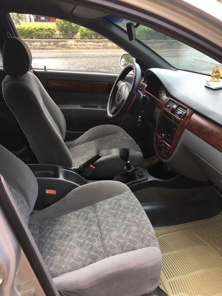 Bán Chevrolet Lacetti năm 2013, màu bạc như mới, giá chỉ 205 triệu. (5)