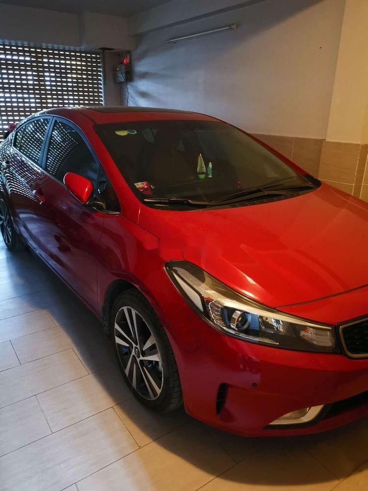 Cần bán gấp Kia Cerato đời 2018, màu đỏ xe nguyên bản (1)