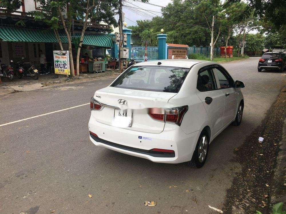 Bán Hyundai Grand i10 1.2AT năm sản xuất 2017, màu trắng giá tốt (1)