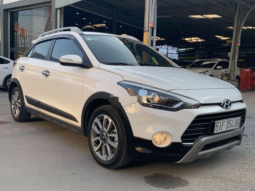 Bán ô tô Hyundai i20 Active 2.4AT năm sản xuất 2015, màu trắng, xe nhập xe gia đình, giá 486tr (1)