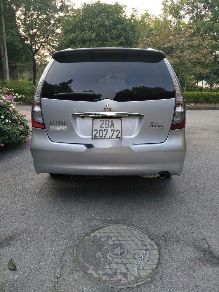 Bán xe Mitsubishi Grandis AT sản xuất 2010 (4)