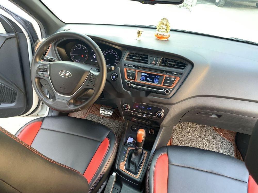 Bán ô tô Hyundai i20 Active 2.4AT năm sản xuất 2015, màu trắng, xe nhập xe gia đình, giá 486tr (7)