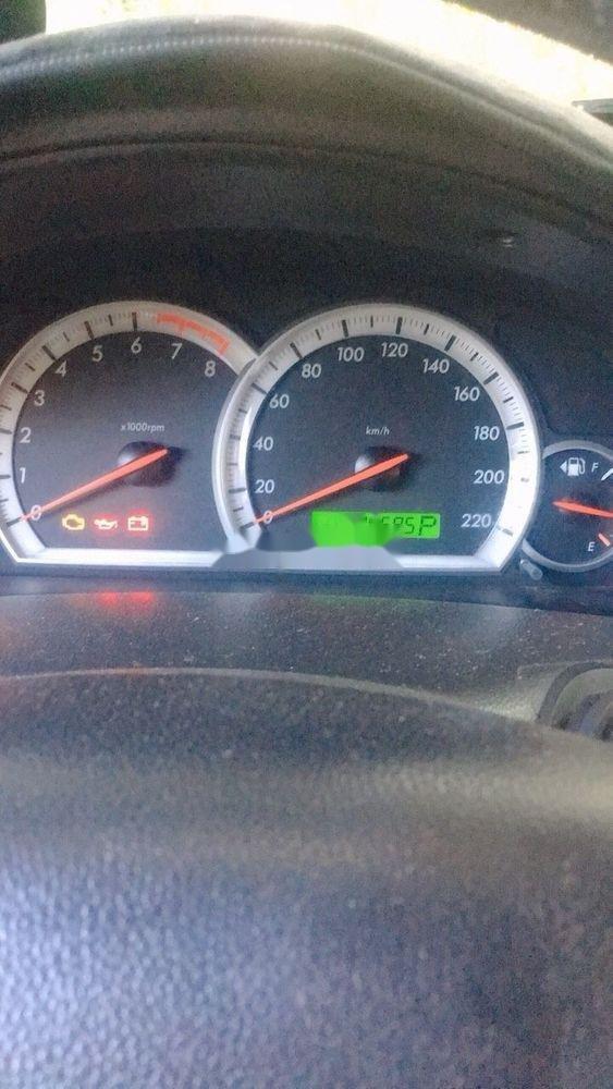 Cần bán gấp Chevrolet Captiva 2010, màu trắng (4)