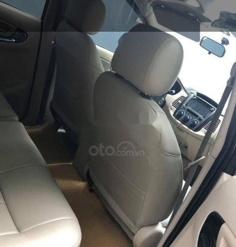 Cần bán lại xe Toyota Innova MT năm 2013 số sàn (3)