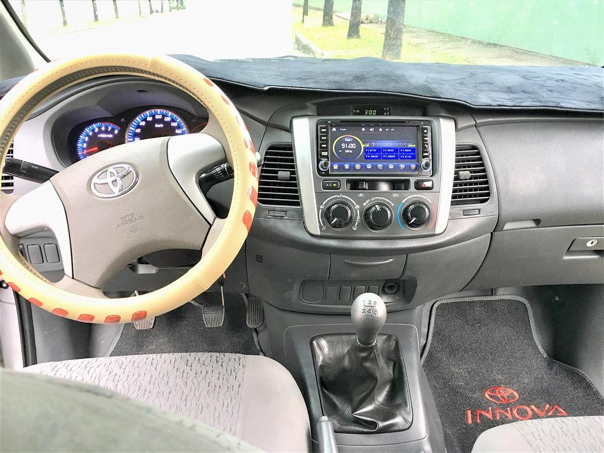 Toyota Innova 2013 số sàn xe zin gia đình dùng (3)