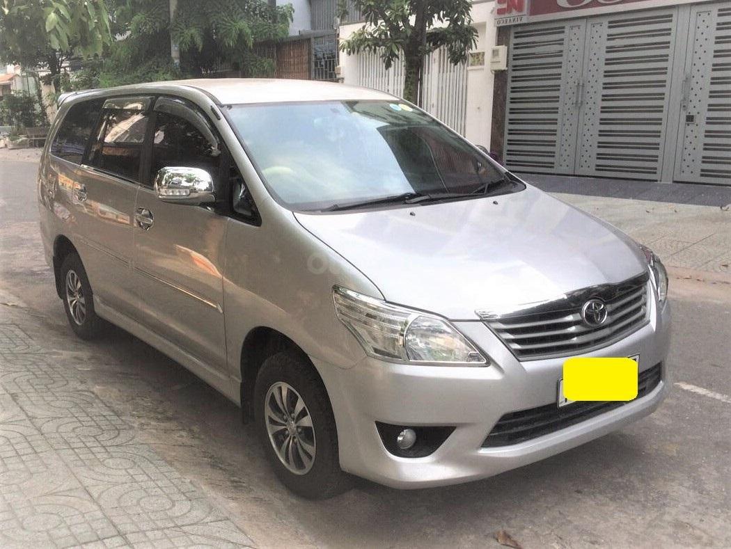 Toyota Innova 2013 số sàn xe zin gia đình dùng (8)