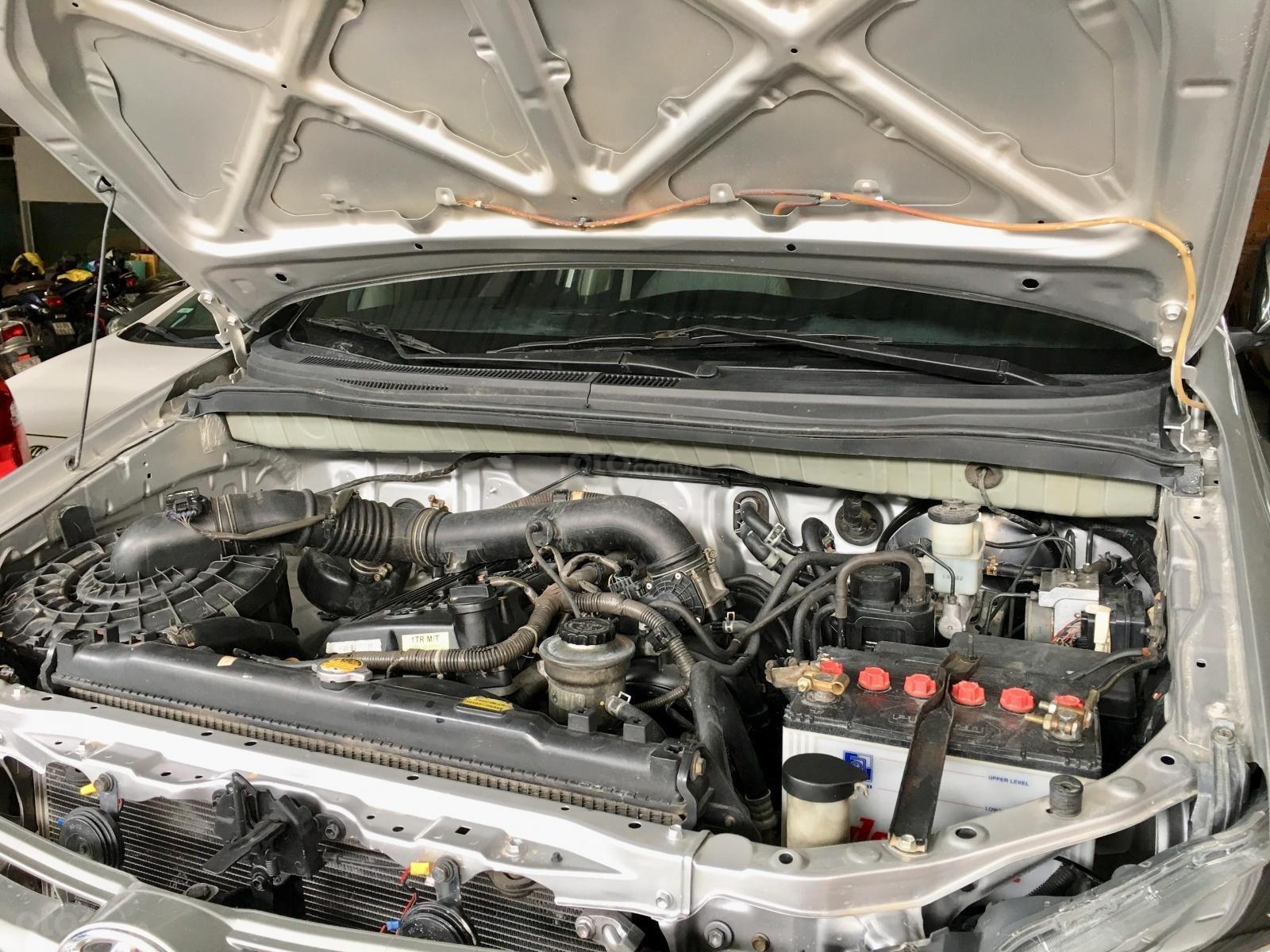 Toyota Innova 2013 số sàn xe zin gia đình dùng (9)