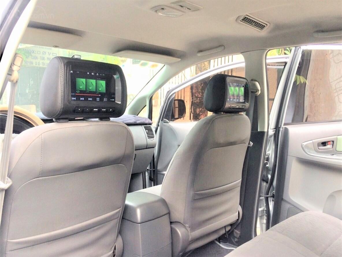 Toyota Innova 2013 số sàn xe zin gia đình dùng (10)
